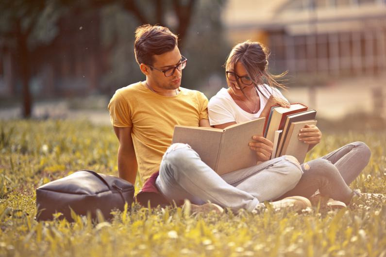 Programma Itaca per le scuole superiori: 1.500 borse di studio per programmi scolastici all'estero
