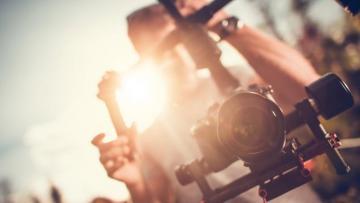 Concorso cinematografico Lavori in Corto - Restiamo umani