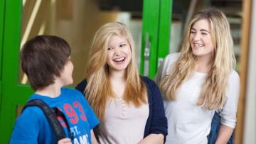 Borsa di studio per corso di inglese e stage all'estero