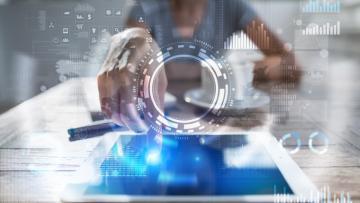 Tecnologia e democrazia: Comprendere l'influenza delle tecnologie online sul comportamento politico e sul processo decisionale